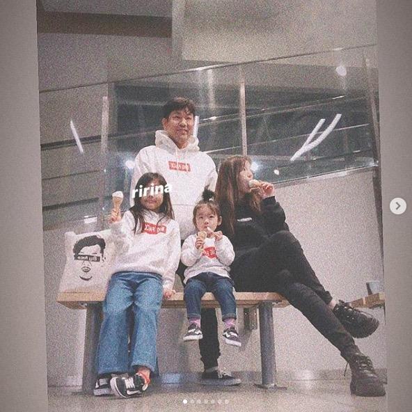 木下優樹菜、家族4人でお揃いパーカー写真公開