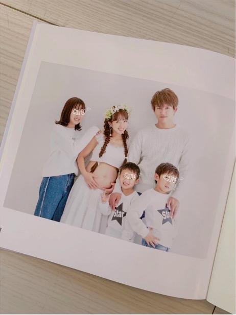 辻希美、第4子妊娠中の家族5人マタニティフォト公開で「また杉浦家の新しい宝物が」サムネイル画像
