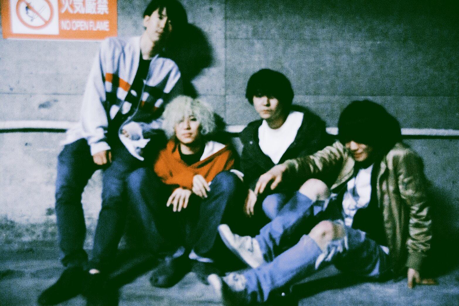 ROKI 1stミニアルバム『HEARTFIELD』よりMV第二弾「夜行列車」を公開サムネイル画像
