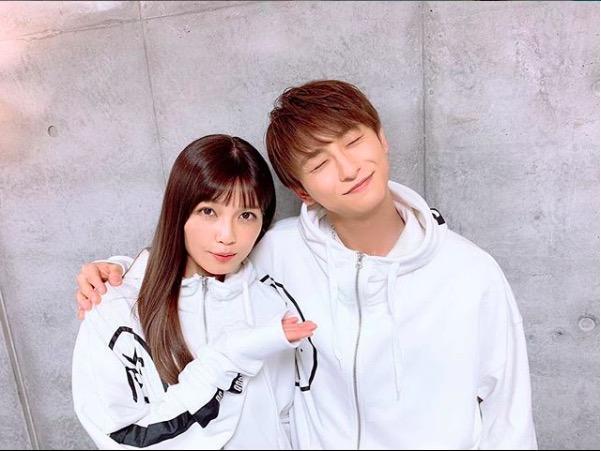 AAA宇野実彩子、與真司郎とのペアルック仲良し写真に反響「キュン死に」「カップルですか」サムネイル画像