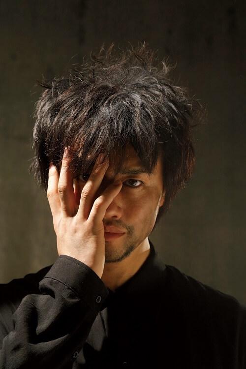 無名の俳優だった斎藤工とレスリー・キーの出会いから20年間を完全網羅したフォトマガジン発売決定サムネイル画像