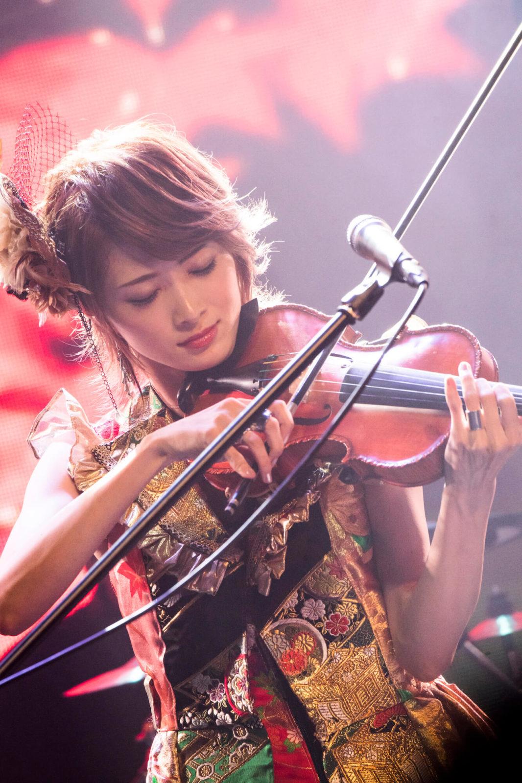 TikTokで爆発的人気!『#堕天使』の曲はロックヴァイオリニスト・Ayasaの「告白の夜」サムネイル画像