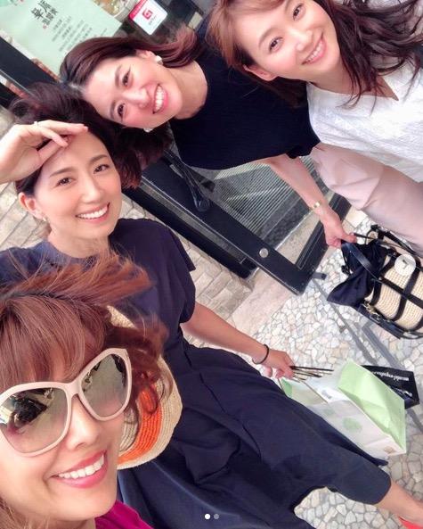 東原亜希、藤本美貴らとのランチ会ショットを公開「ミキティーー」サムネイル画像