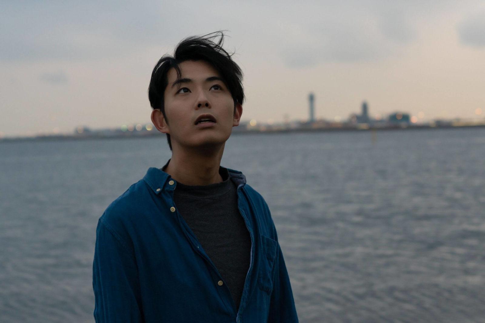 折坂悠太、ワンマンライブの内容&京都の演奏家と共に組んだ新編成でのライブ映像を公開
