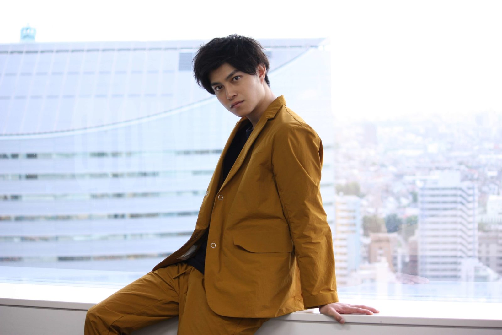 ドラマ『向かいのバズる家族』で内田理央の弟を演じる那智、初出演ドラマとこれからについて語るサムネイル画像