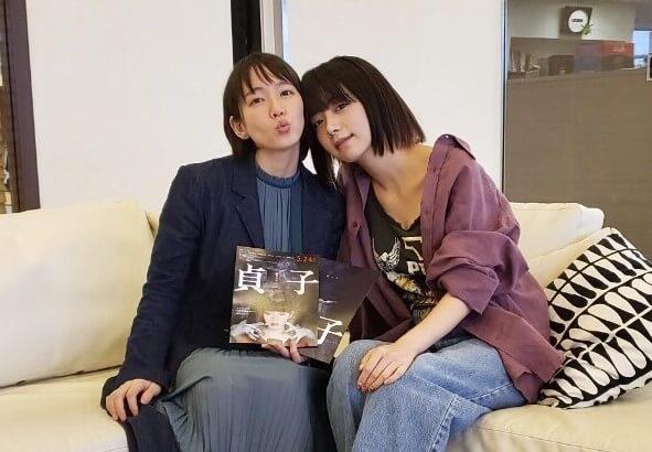「出していない魅力が詰まりすぎてる!」池田エライザ×吉岡里帆 仲良し2人が本音で語る1時間サムネイル画像