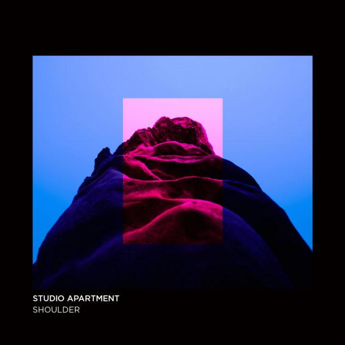 neon_jacket_shoulder_20190406-1