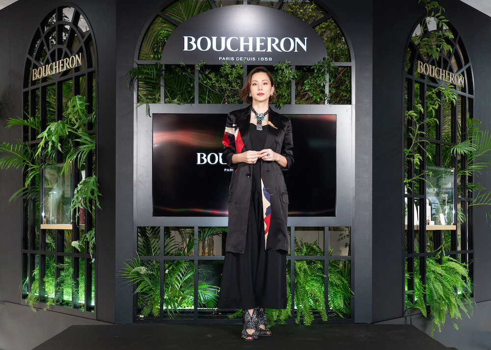 米倉涼子、記者発表会で総額約3億円のジュエリーを纏った華麗な姿を披露サムネイル画像