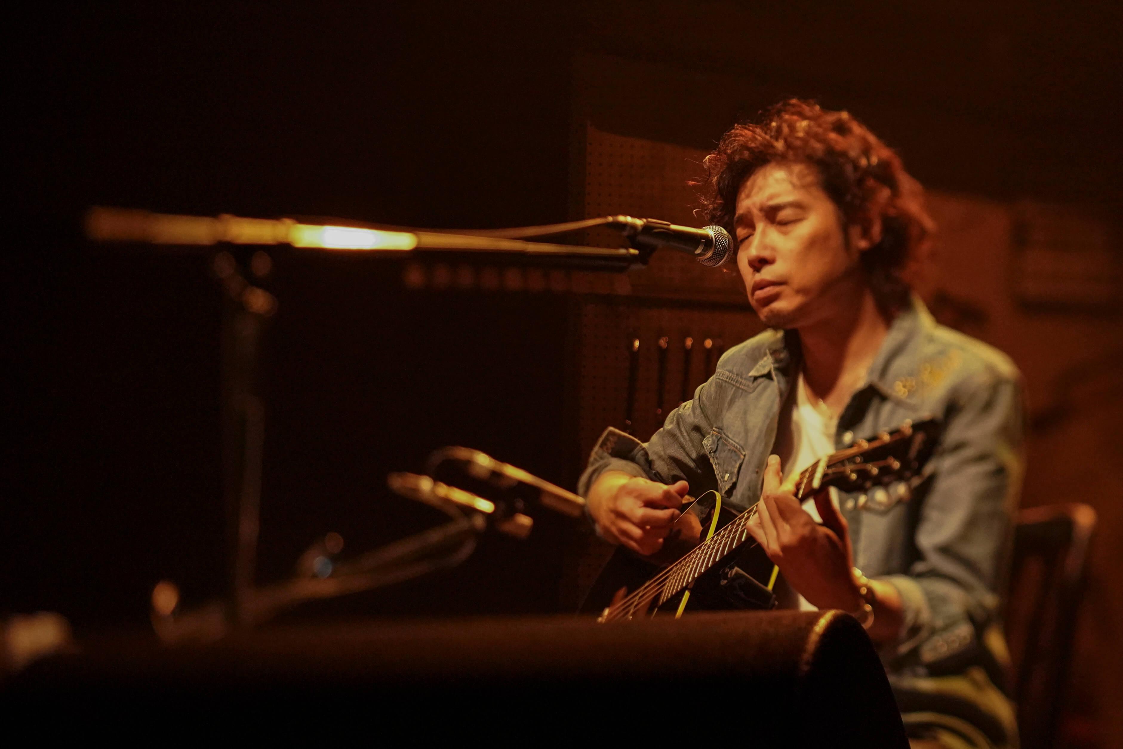 """斉藤和義 弾き語りツアー 2019 """"Time in the Garage"""" WOWOWにて放送決定"""