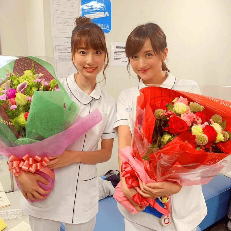 小松彩夏、山崎萌香とのクランクアップ写真公開「可愛いでしょ」サムネイル画像