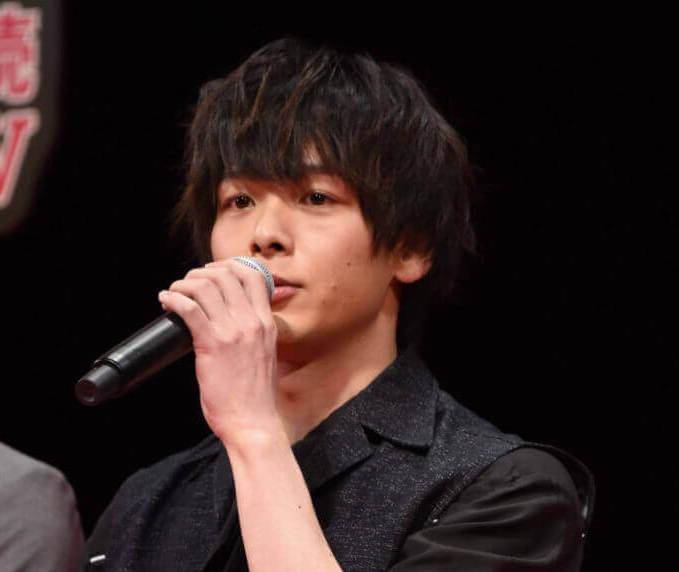 """中村倫也、松坂桃李との舞台で終演後に""""さすがに""""指摘したあることとは?サムネイル画像"""