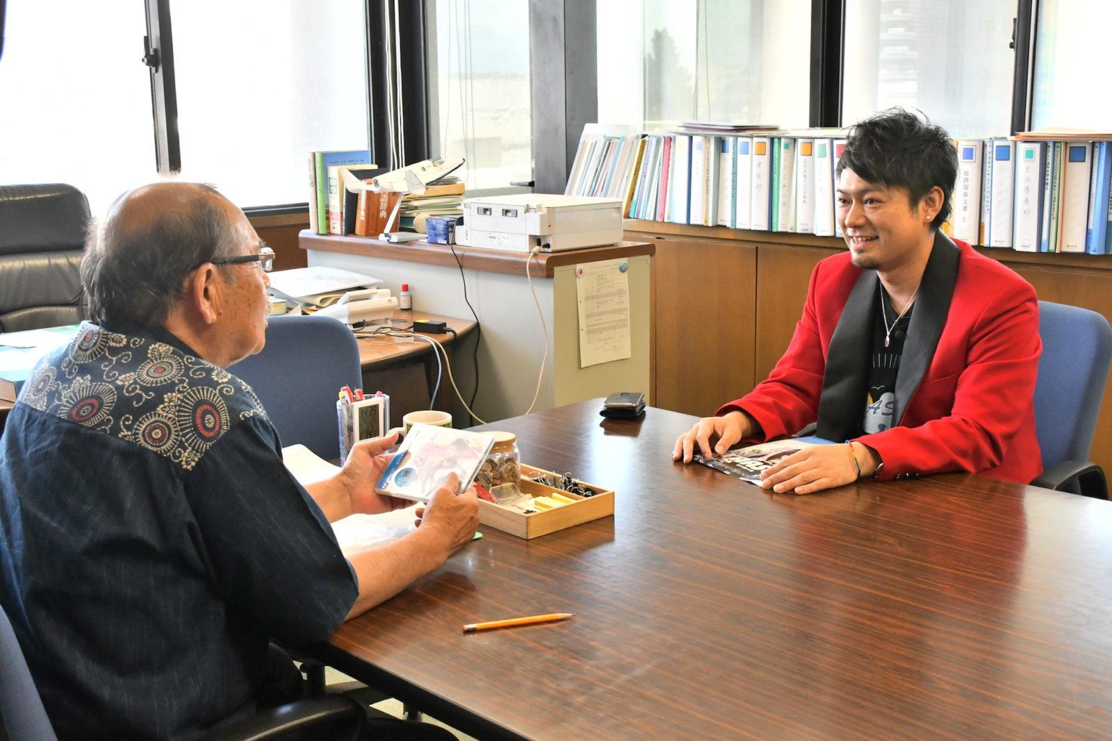 沖縄・宮古島出身シンガーソングライター・YAASUU、大阪・豊中まつりにてパフォーマンス披露決定サムネイル画像