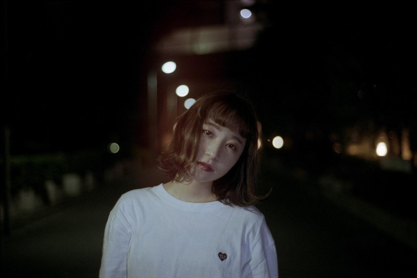 """シンガーソングライター""""果歩""""、初の全国流通盤EP「水色の備忘録」のリリースが決定サムネイル画像"""