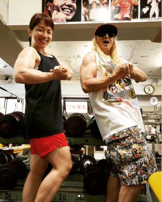 DJ KOO、浜口京子との筋肉2ショット公開に驚きの声「ムキムキですね ...