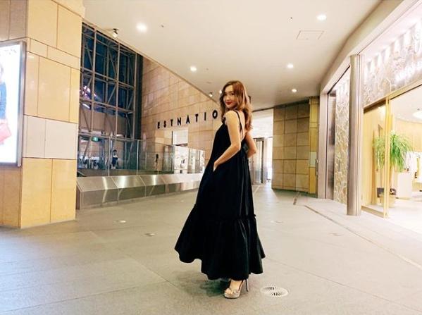 紗栄子、美肩のぞくロングワンピース姿に絶賛の声「色っぽい」「素敵です」サムネイル画像