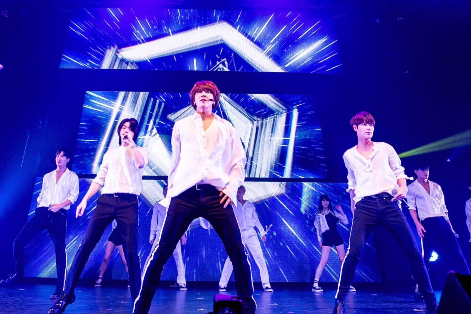 「僕たちは超新星でした!」挨拶にMilky感涙!SUPERNOVA、日本デビュー10周年記念ツアー&「☆博10」完走サムネイル画像