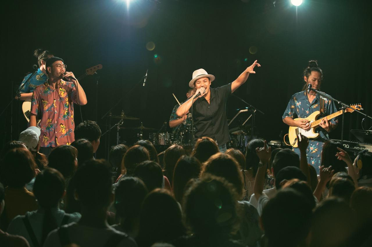 Blue VintageのワンマンライブにTEEがシークレットゲストで登場!TEEのアルバム「Golden 8」へ提供した楽曲を初披露サムネイル画像