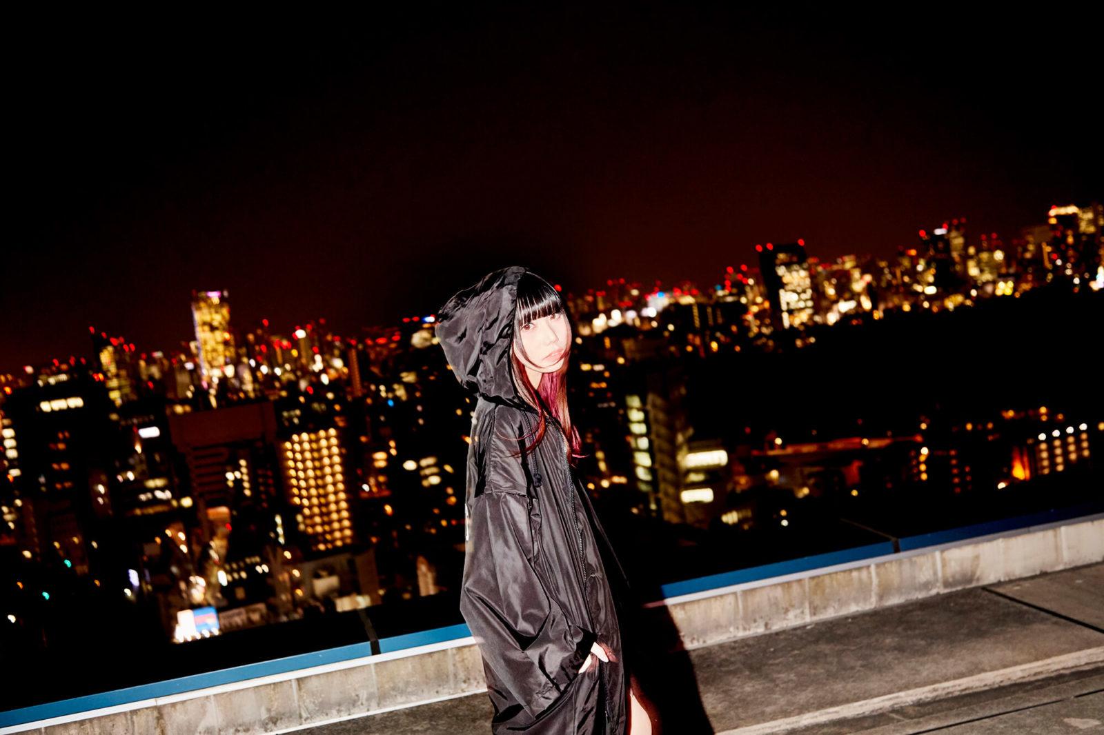 """""""新星フィメールラッパー""""SHACHI、1st EP「alone」がiTunes HIPHOPチャート1位獲得サムネイル画像"""