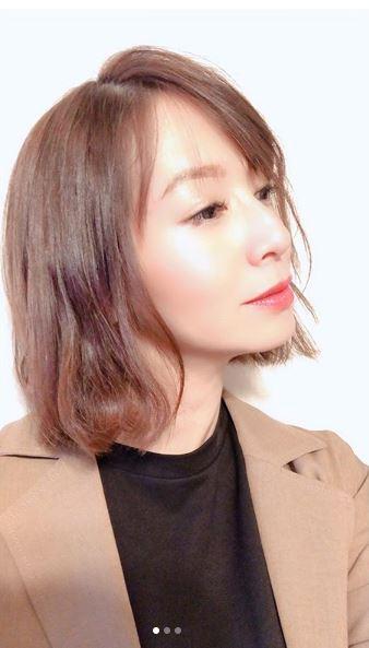 第2子妊娠中の鈴木亜美、ヘアスタイルチェンジ写真公開で「今のうちに準備」「抜け毛も…」サムネイル画像
