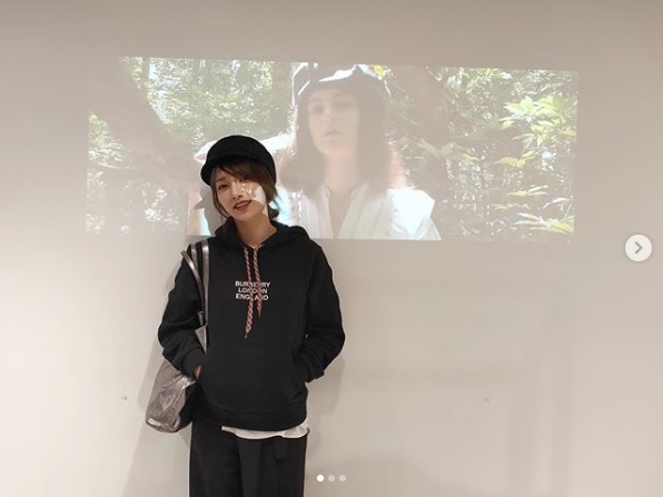 後藤真希、ブラックな秋コーデ姿の写真公開に反響「かっこいい成分高め」「黒も映える」サムネイル画像