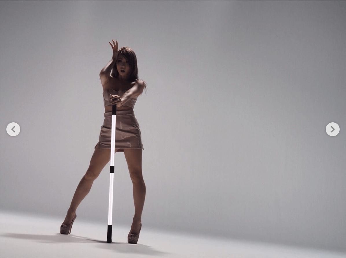 倖田來未、美ボディ際立つMV撮影写真公開に絶賛の声「スタイル良すぎ」「美脚!!!」サムネイル画像