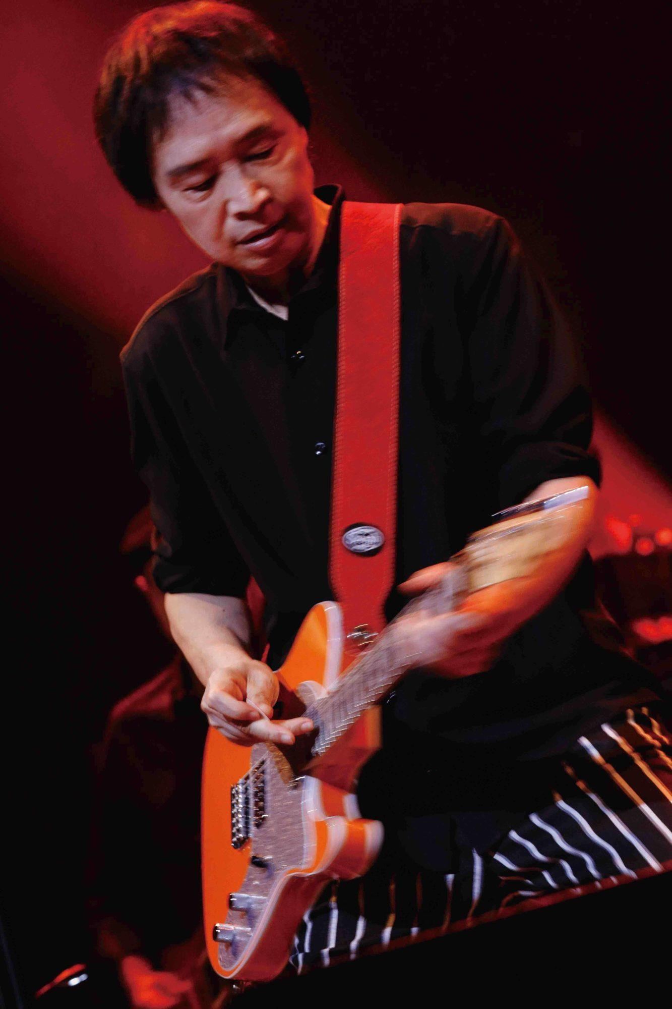 吉田拓郎、最新LIVE映像作品がオリコン週間ランキング3位でTOP10入り最年長記録を樹立