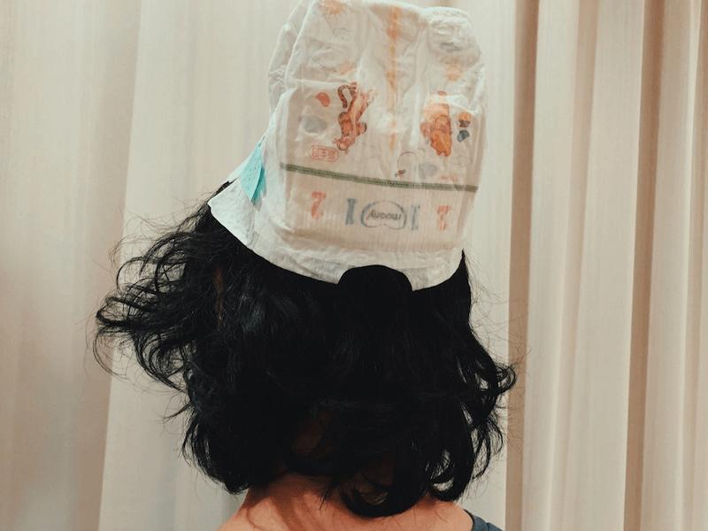 """水嶋ヒロ、長女の""""イタズラ""""でオムツを被った姿を公開し反響「癒されます笑」「パパ最高!」サムネイル画像"""