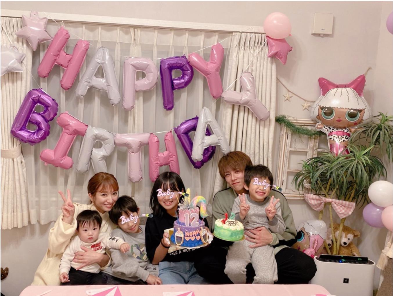 辻希美、長女の12歳の誕生日祝いで家族6人SHOTを公開し「ついに私がデビューした歳に自分の子が…」サムネイル画像