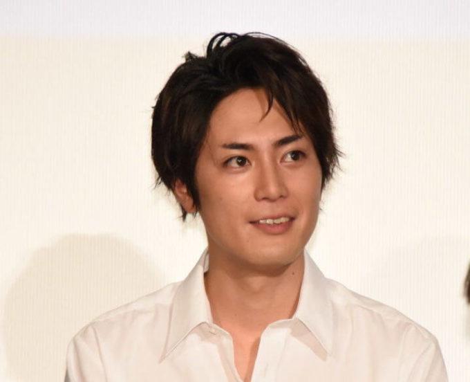 """間宮祥太朗、初めての""""キスシーン""""を振り返る「男性だったんですよね」サムネイル画像"""