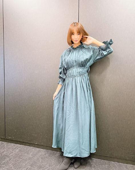 第2子妊娠中の鈴木亜美、スレンダーなワンピース姿公開し反響「変わらない」「可愛過ぎるね」サムネイル画像