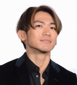 """ブラマヨ小杉、三代目JSBの打ち上げ参加で""""やらかした""""こととは?「チューしたの…」サムネイル画像"""
