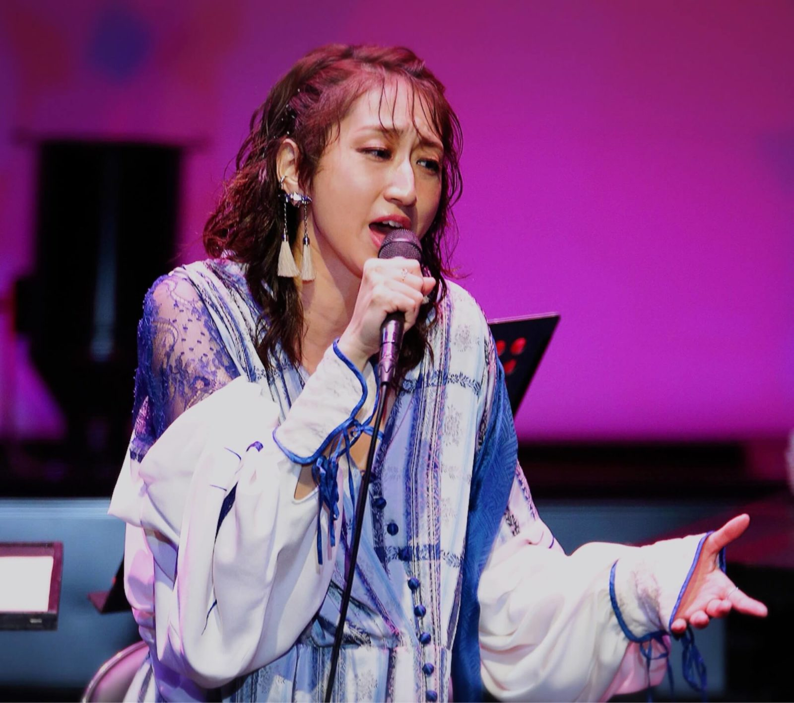 Ms.OOJA、全国アコースティック・ワンマンツアー「Ms.OOJA Acoustic LIVE TOUR 2019 SHINE」満員御礼の金沢公演にてフィナーレサムネイル画像