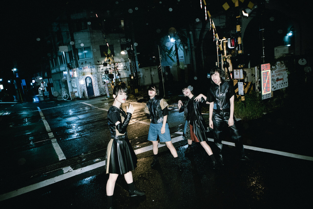 BiS、2ndアルバム収録の新曲「TRAP」「LOVELY LOVELY」を無料配信サムネイル画像