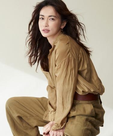 長谷川京子「女優らしくない」と驚かれた仕事の合間の行動とは?「意外とバレない」