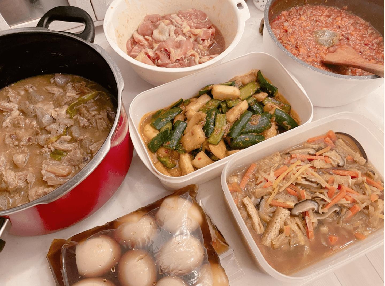 """辻希美、家族での""""お揃いコーデ""""SHOT&作り置き料理の写真公開「色々沢山出来た」"""