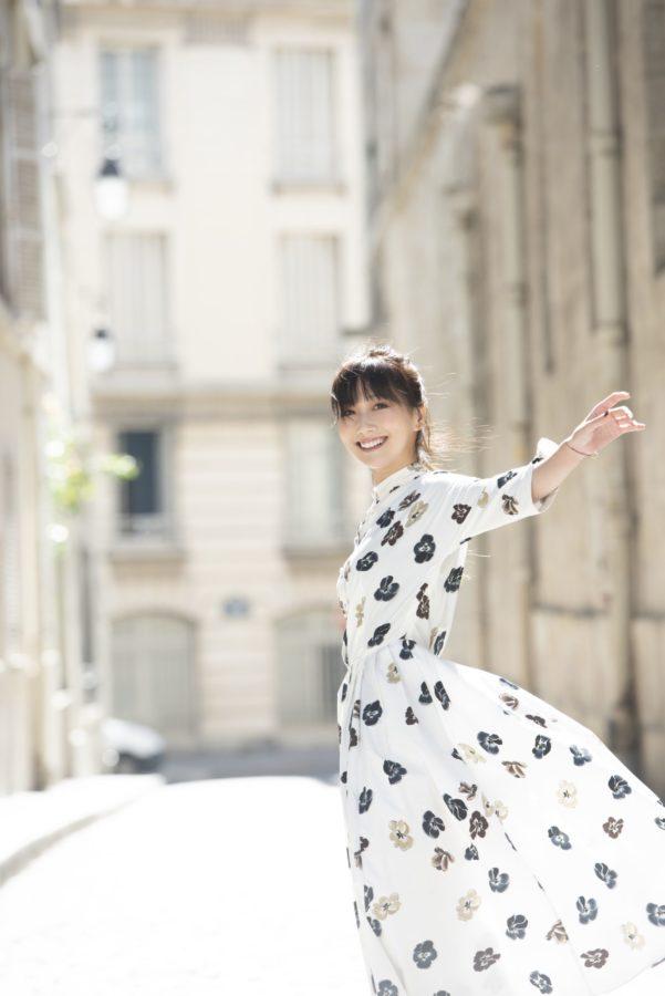 大塚愛、ピアノ弾き語りアルバム『Aio Piano Arioso』より「ヒカリ」のライブ映像を公開