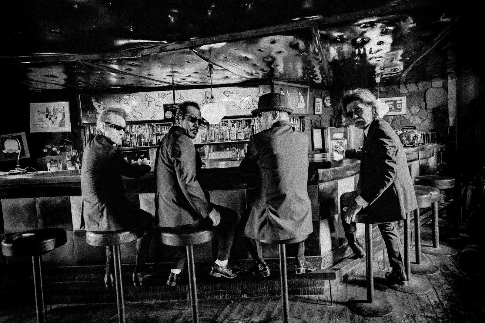 伝説のバンド「横浜銀蝿」とコラボが始動「単車の虎」初の公式テーマソングが「男の勲章」に決定サムネイル画像