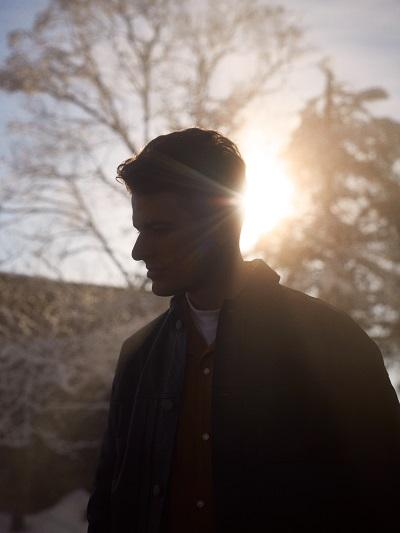 ジョシュ・カンビー、2ndデジタルシングル配信開始&リリックビデオも同時公開サムネイル画像