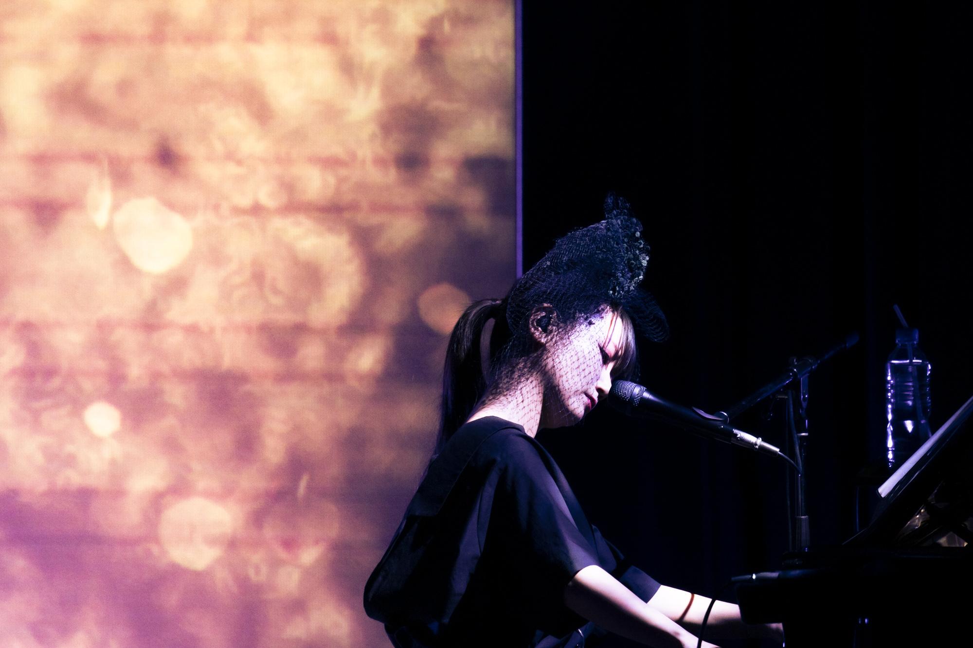 大塚 愛、自身初の楽譜付きピアノ弾き語りアルバム発売&収録曲全曲のライブ映像公開