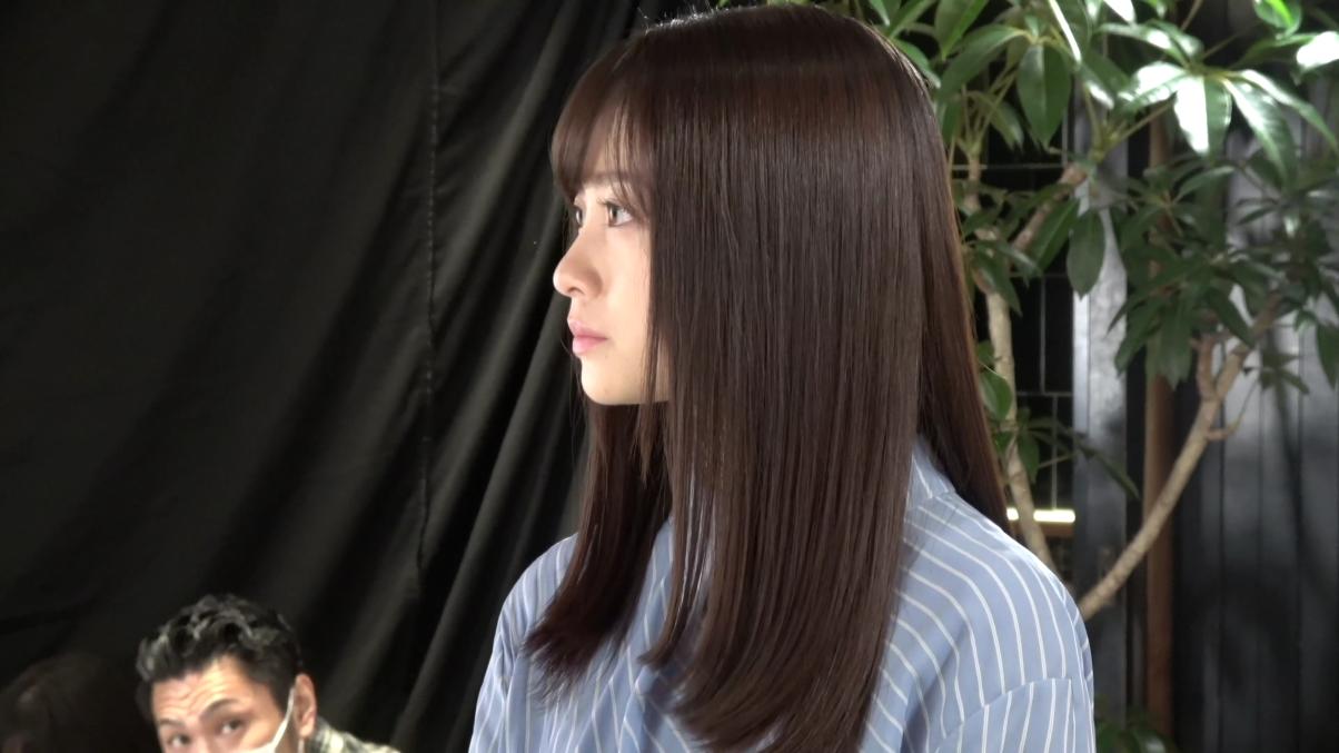 橋本環奈、さまざまな表情を見せるCMメイキング動画が公開サムネイル画像