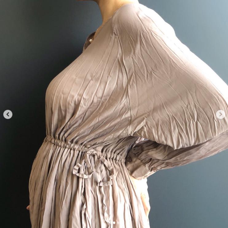 「今日は逆子ちゃん」hitomi、妊娠7カ月目突入を報告&エコー画像も公開