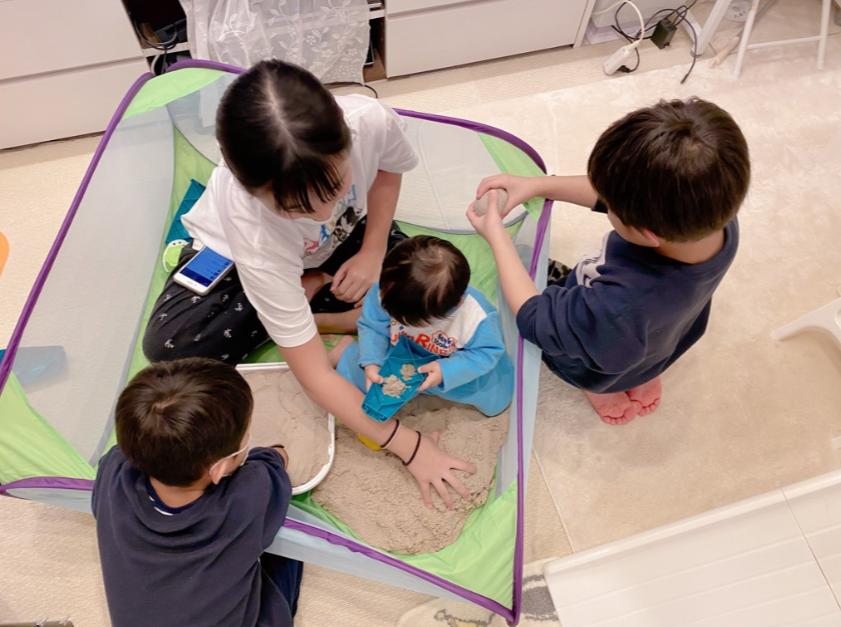 「最高の光景」辻希美、仲良く遊ぶ長女ら姉弟の4SHOT公開「夢中な我が子達」サムネイル画像
