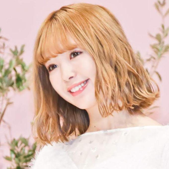 藤田ニコル、リモートで行う自宅収録のウラ側を明かす「自分でヘアメイクして…」サムネイル画像