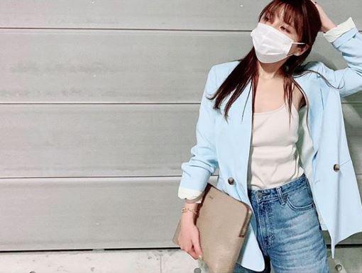 「抜群に可愛い」AAA宇野実彩子、お団子ヘア&ガーリーコーデに反響「めちゃくちゃオシャレ」