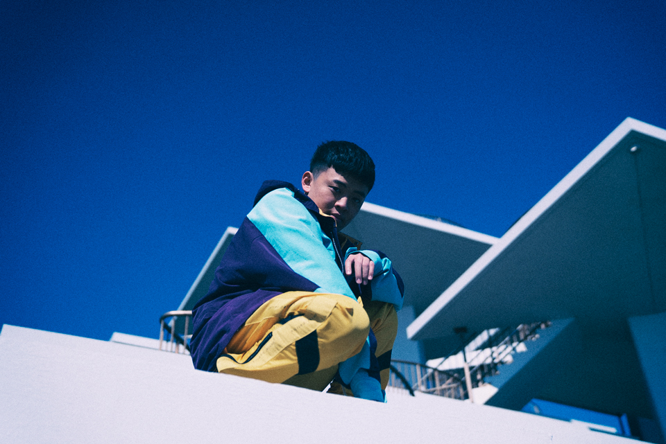 気鋭のシンガーソングライターShinn Yamada、生き辛い時代に別れを告げる新曲発表サムネイル画像