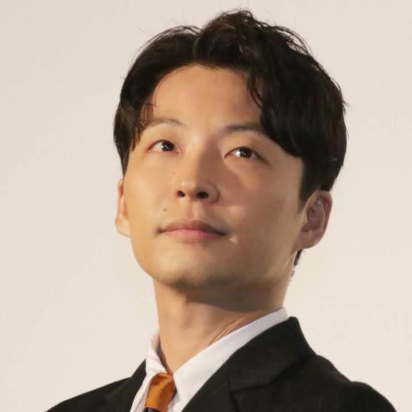 星野源、綾野剛との新ドラマ『MIU404』久々の撮影を語る「非常に熱い感じで…」