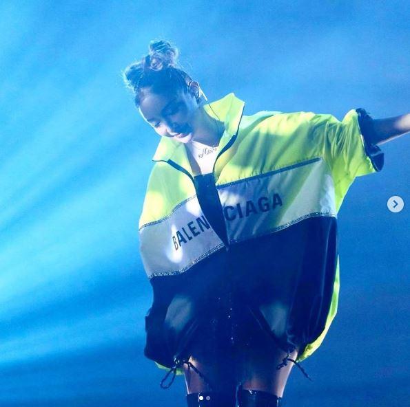 浜崎あゆみ、笑顔のステージSHOT公開&感謝を綴り反響「ほんと可愛い」「最高のパフォーマンス」