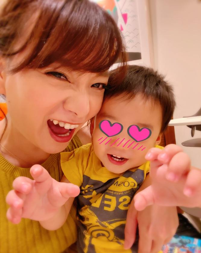 """保田圭、息子との""""ガォーな瞬間""""SHOTに「可愛い」「息子さんいい表情」の声サムネイル画像"""