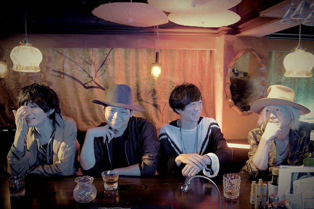 THE PINBALLS、セルフカバーアルバム『Dress up』よりティザー映像を公開サムネイル画像