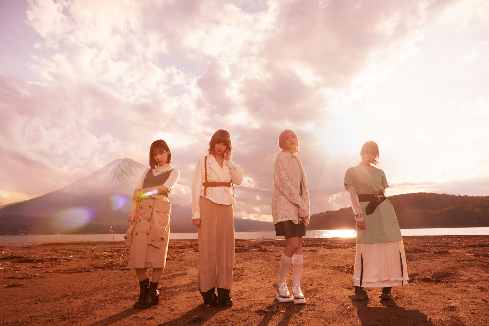 SILENT SIREN バンド結成10周年記念ライブ開催延期を発表。先行配信をスタートした「Answer」のMV公開サムネイル画像